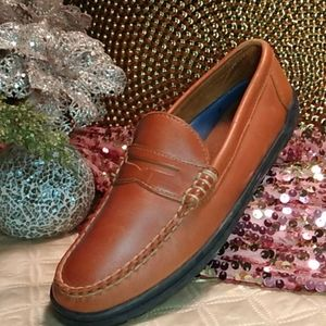Ahh...Keds Leather Penny loafer